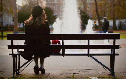woman-bench-blog